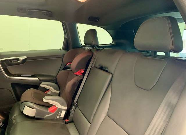 Volvo XC 60 2.0 full