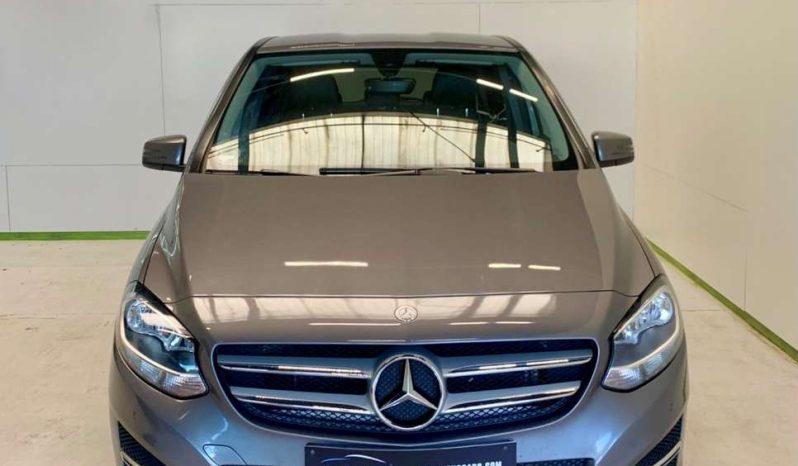 Mercedes-Benz B200 full