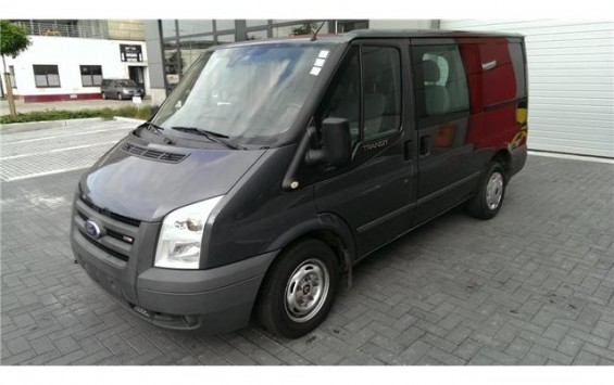 Ford Transit 2.2 TDCI Double Cabine 440T280